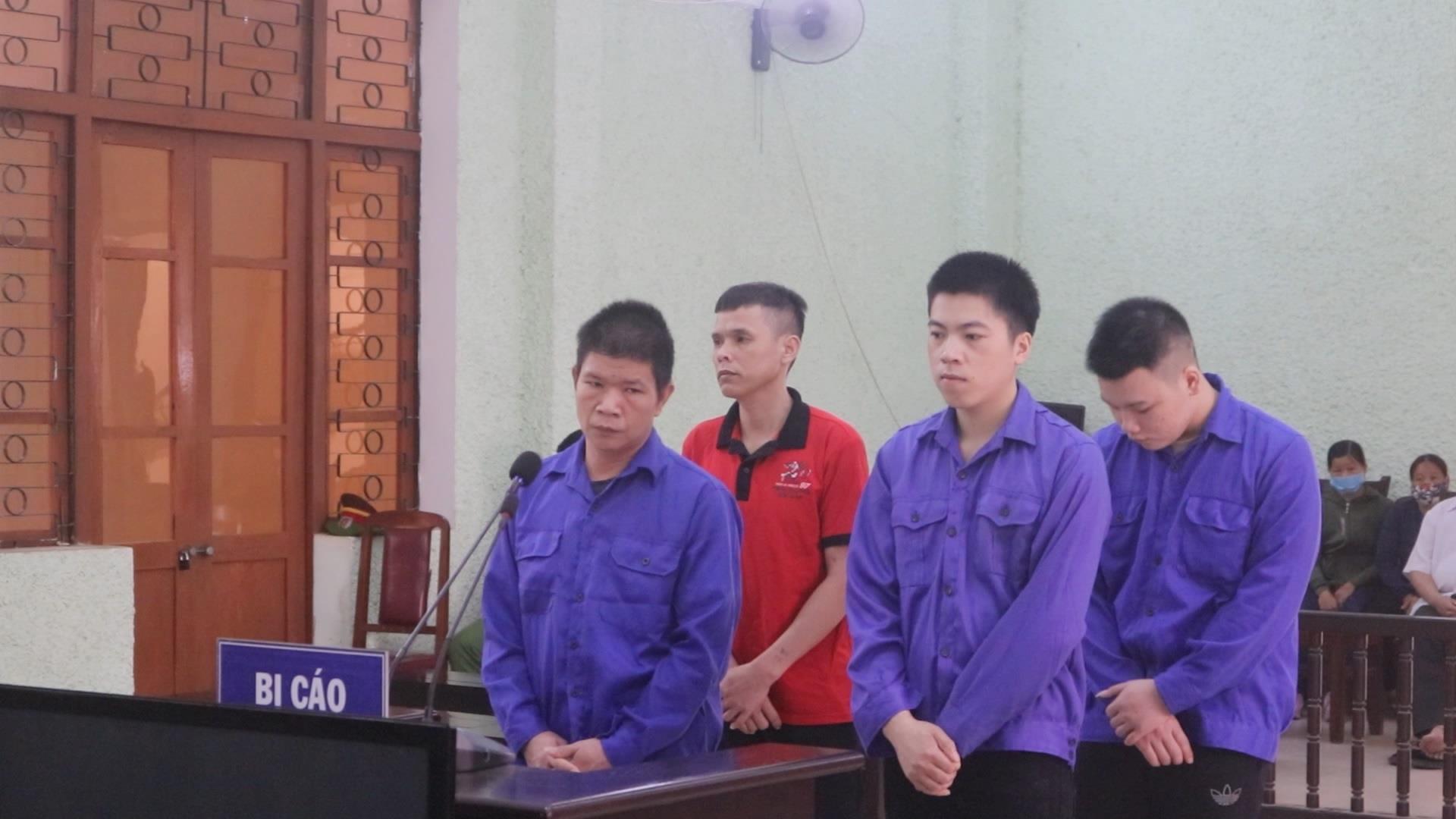 Nhóm đối tượng tổ chức cho người khác nhập cảnh trái phép lĩnh 27 năm tù giam