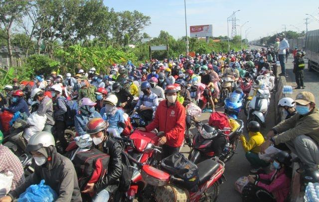 Sóc Trăng: Hơn 900 người dân trở về địa phương chưa qua xét nghiệm sàng lọc