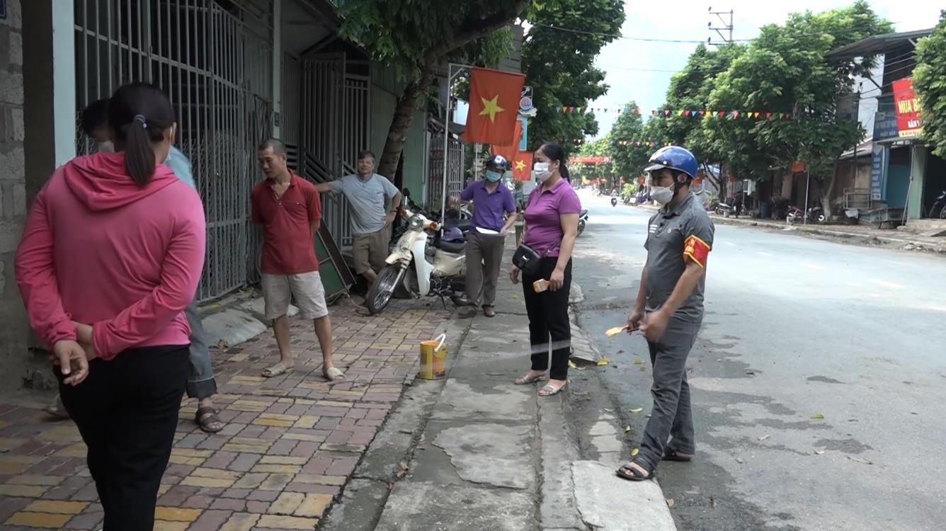 Bảo Lâm: Ra quân giải phóng lòng, lề đường khu trung tâm thị trấn Pác Miầu