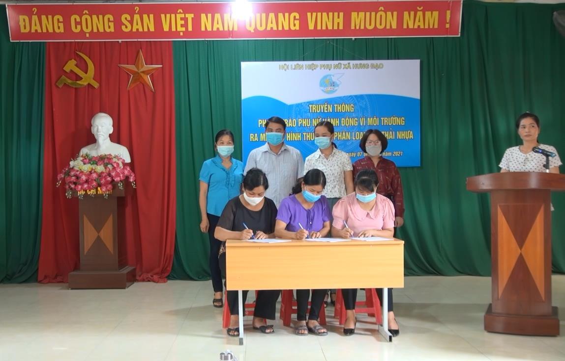 """Thành phố Cao Bằng: Tuyên truyền phong trào """"Phụ nữ hành động vì môi trường"""" tại xã Hưng Đạo"""